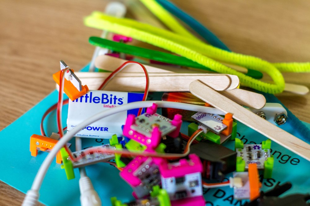 littleBits in a Library Learning Commons